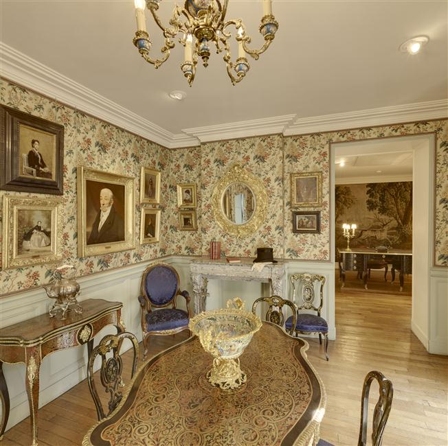 Le salon Napoléon III - musée Magnin